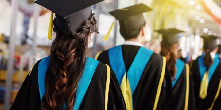 18 Pieces of 3-Word Advice For The High School Graduate